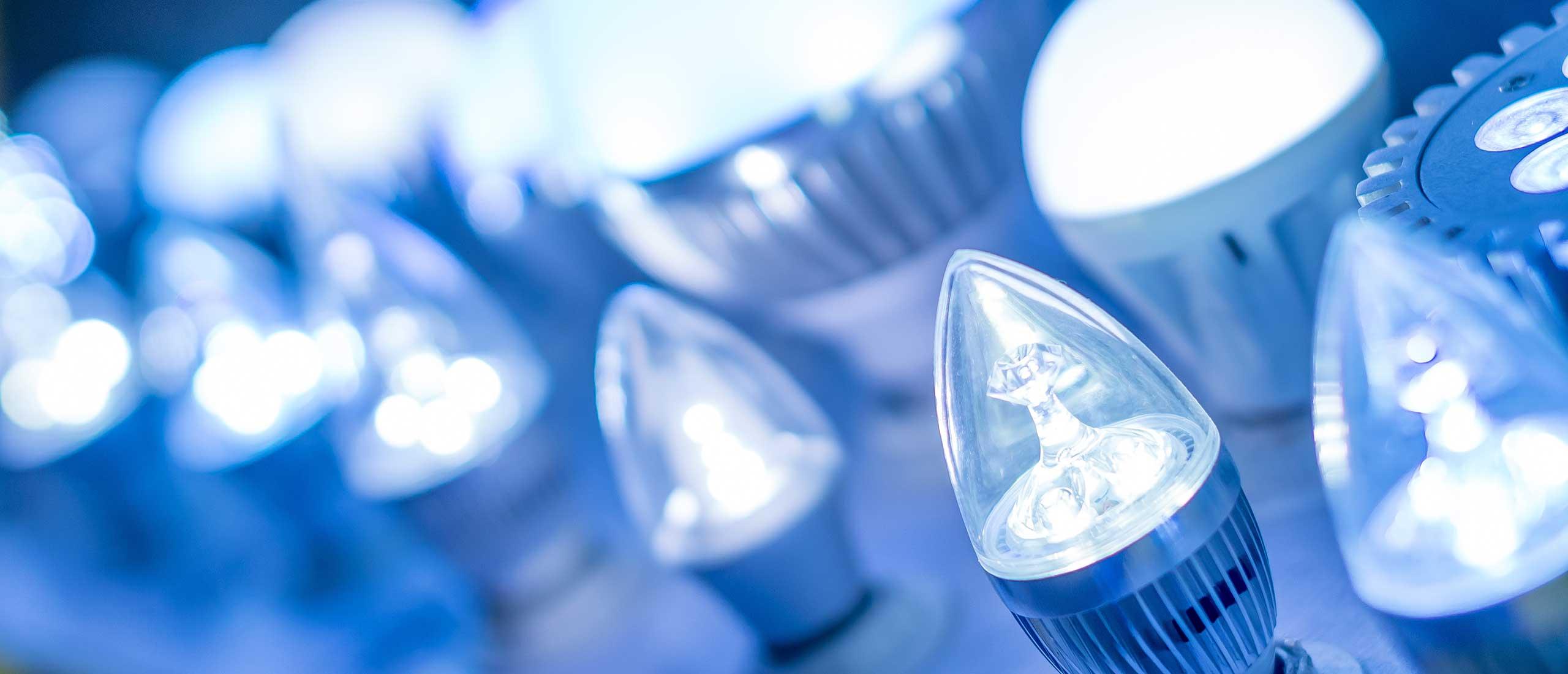 Installatie van LED verlichting door de installateur uit Dalen ...